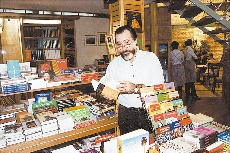 2000 - O ator Tony Ramos, que interpreta o personagem Miguel, durante gravação da novela