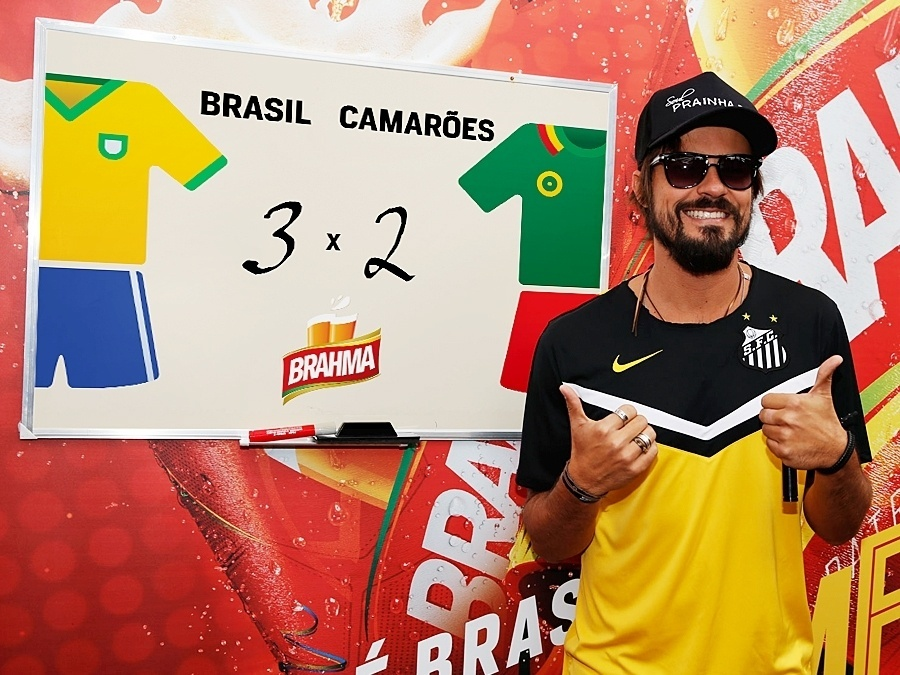 23.jun.2014 - Paulinho Vilhena aposta em uma disputa acirrada entre Brasil e Camarões, com 3 gols para o Brasil e 2 para Camarões