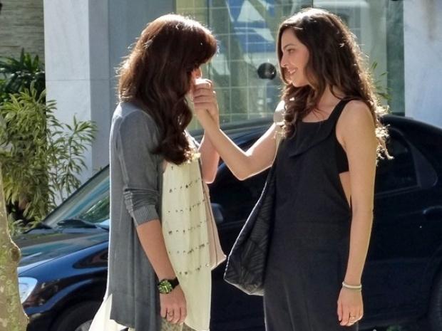 Em Família Marina e Clara estão cada vez mais próxima