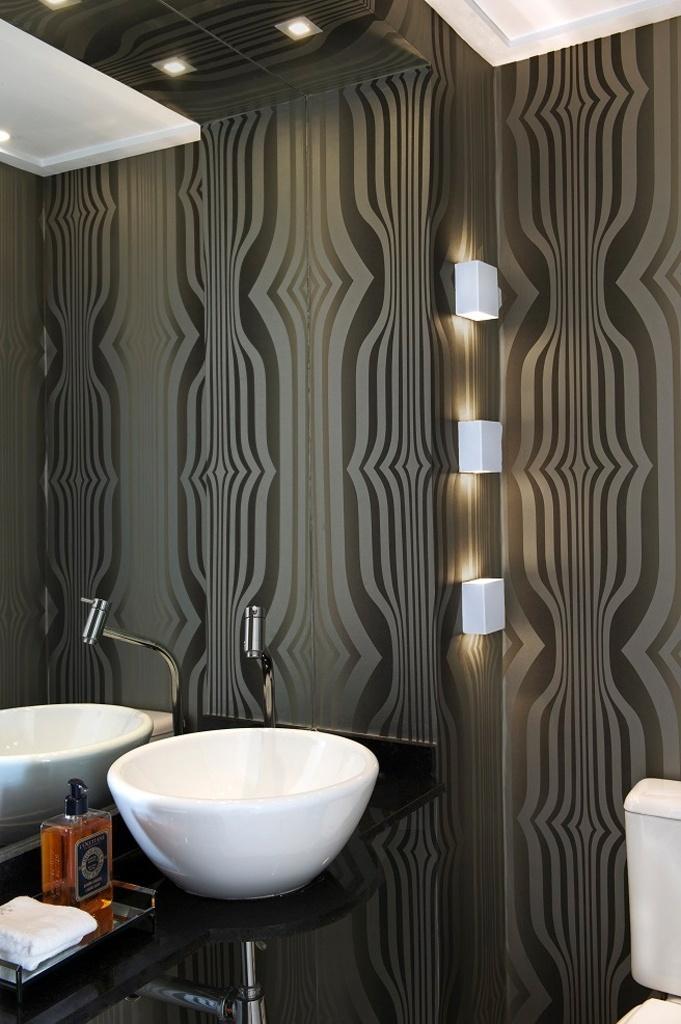 uol decoracao lavabo:lavabo ficou muito mais aconchegante com a aplicação do papel de