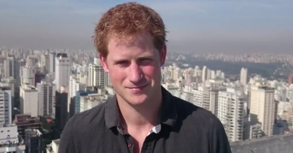 Príncipe Harry grava mensagem de agradecimento aos brasileiros