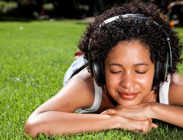 Emoções positivas são despertadas sempre que ouvimos músicas das quais gostamos