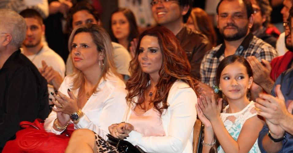 Viviane Araújo participa do lançamento da novela