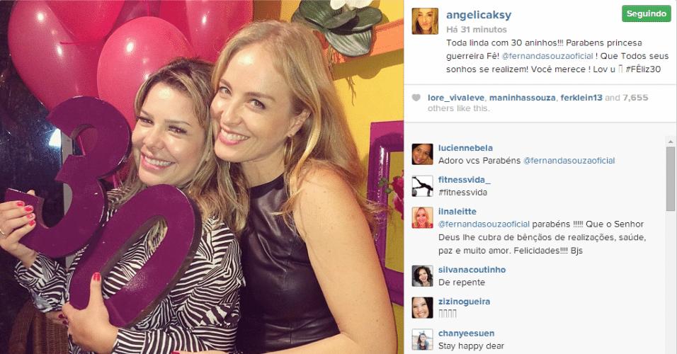 1.jul.2014 - Fernanda Souza ganha festa surpresa na comemoração de seus 30 anos na presença de amigos, como Angélica, nesta terça-feira