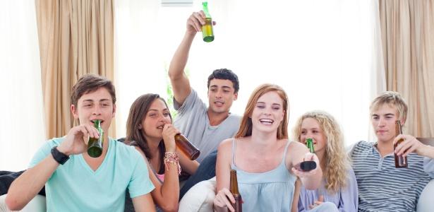 Estudo da Universidade de Virgínia, nos Estados Unidos, acompanhou jovens dos 13 aos 23 anos