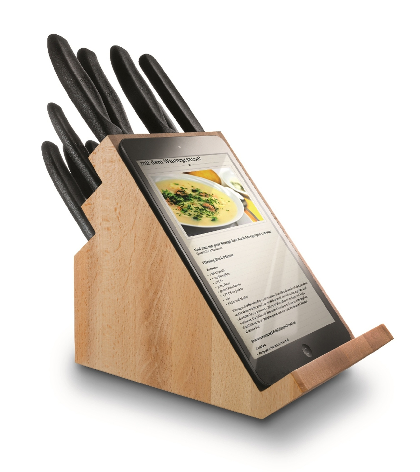 O cepo de facas, da Victorinox (www.victorinox.com.br), tem um suporte para o apoio do tablet ou de um livro de receitas na hora de cozinhar. Feito de madeira, o produto acompanha 12 peças entre facas, um garfo e um afiador, todos produzidos em aço inox. O valor sugerido é R$ 1.295 I Preços pesquisados em julho de 2014 e sujeitos a alterações