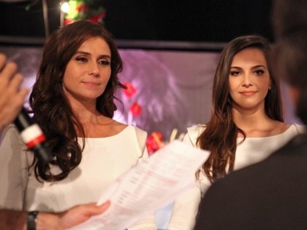 14.jul.2014 - Giovanna Antonelli e Tainá Muller gravaram cenas do casamento de Clara e Marina. As atrizes receberam instruções do diretor Leonardo Nogueira, marido de Giovanna