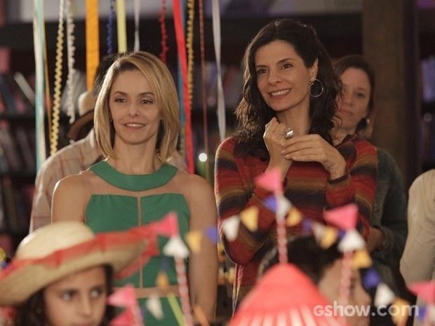 Silvia e Verônica vão ficar grávidas na reta final