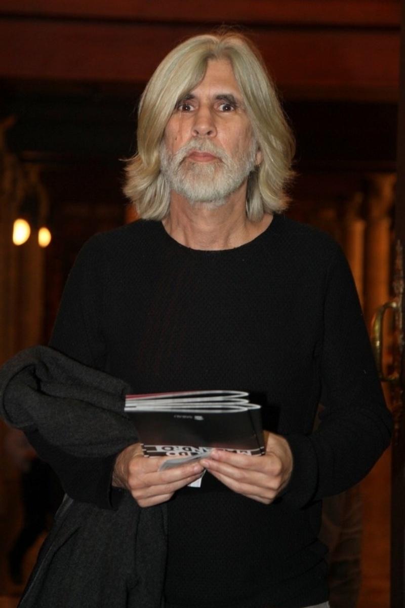 17.jul.2014 - Oswaldo Montenegro prestigiou a estreia do músical