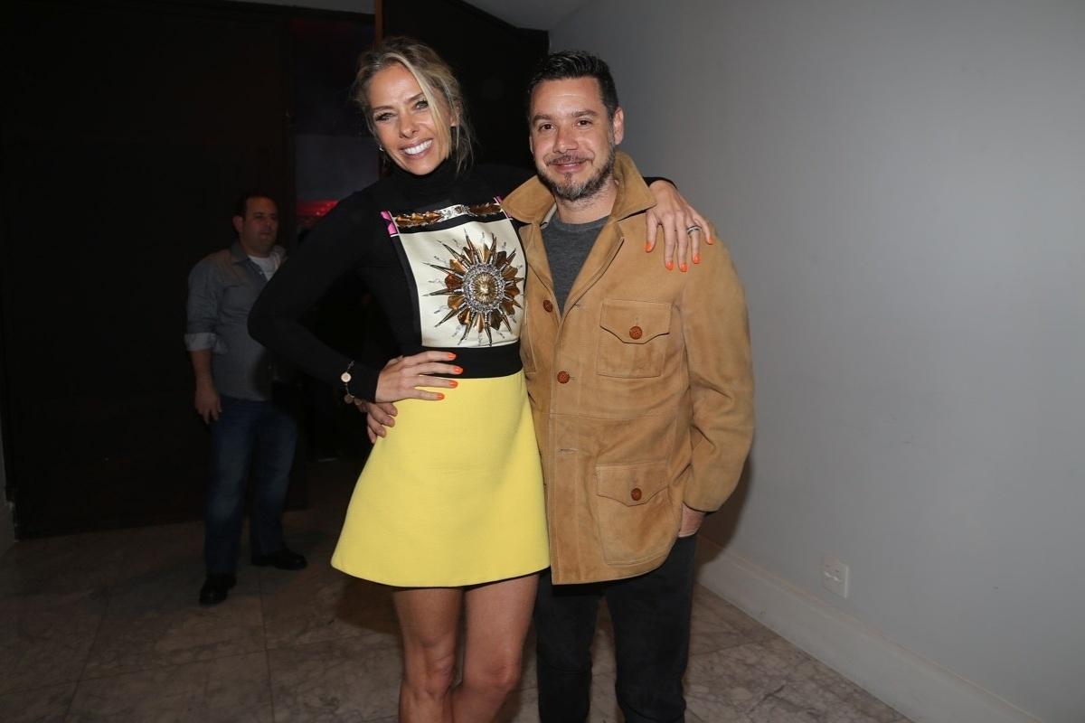 18.jul.2014 - Famosos prestigiam o aniversário do estilista Sergio K. em casa noturna na zona sul de São Paulo