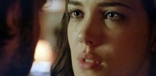 """Em """"Império"""", José Alfredo (Chay Suede) pede Maria Marta (Adriana Birolli) em casamento"""