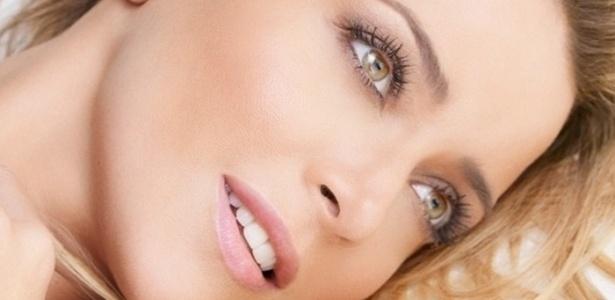 A linda e talentosa Christine Fernandes estará na próxima novela da Record
