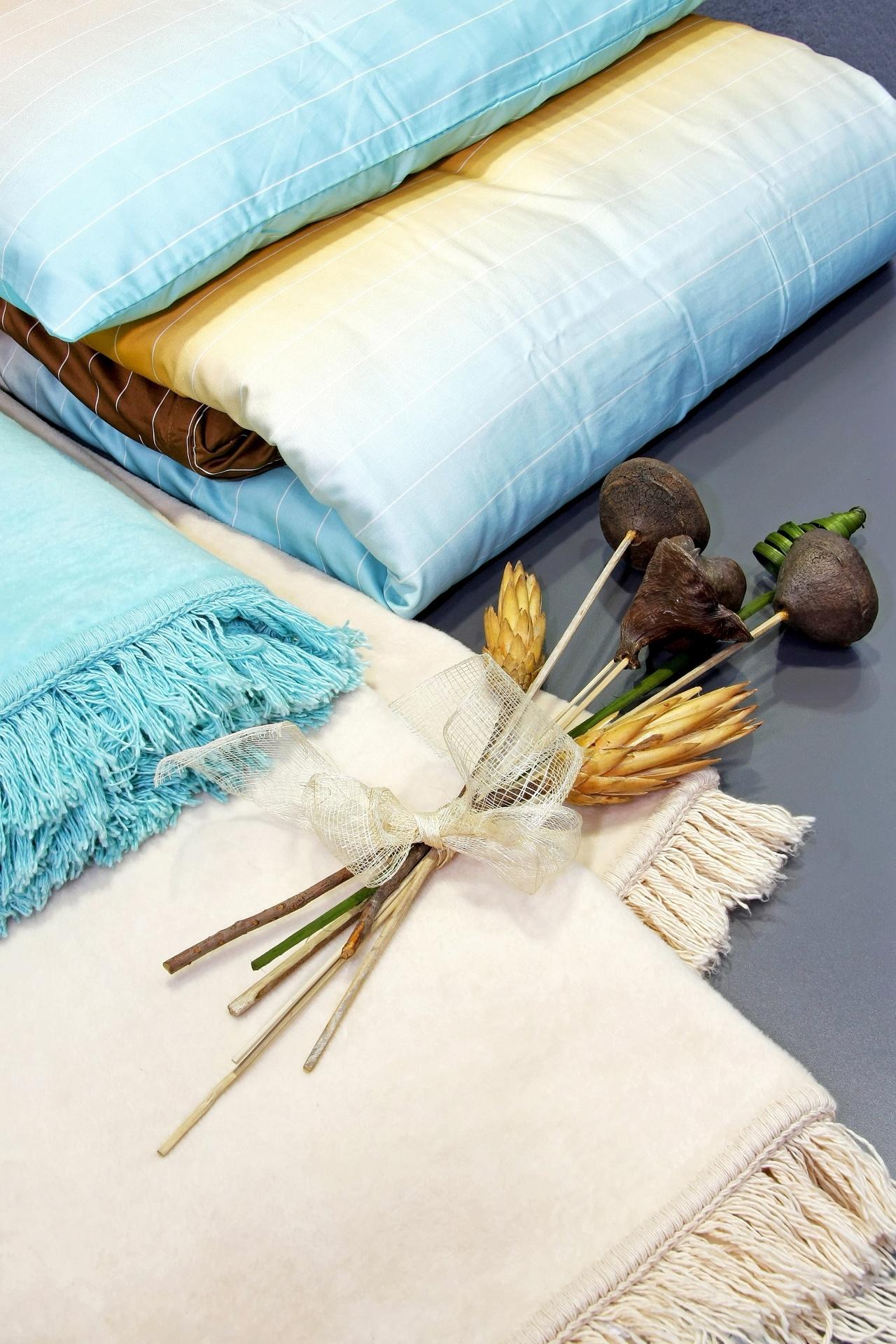 ALGODÃO - Com relação ao aspecto morfológico, as fibras de algodão se parecem com