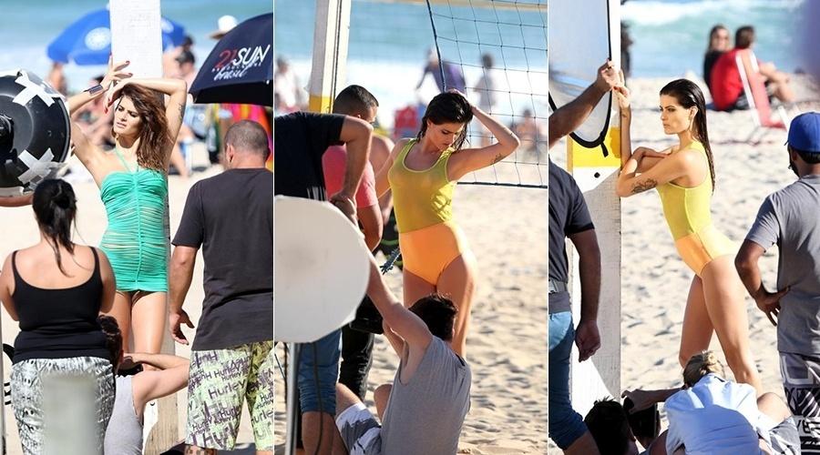 30.jul.2014 - Isabeli Fontana fez ensaio na praia de Ipanema, zona sul do Rio