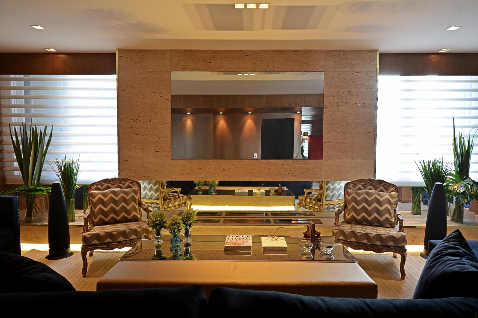 #9A6C31 Salas de estar: sugestões para quem tem muito ou pouco espaço 1920x1279 píxeis em Decoração De Salas De Tv Grandes