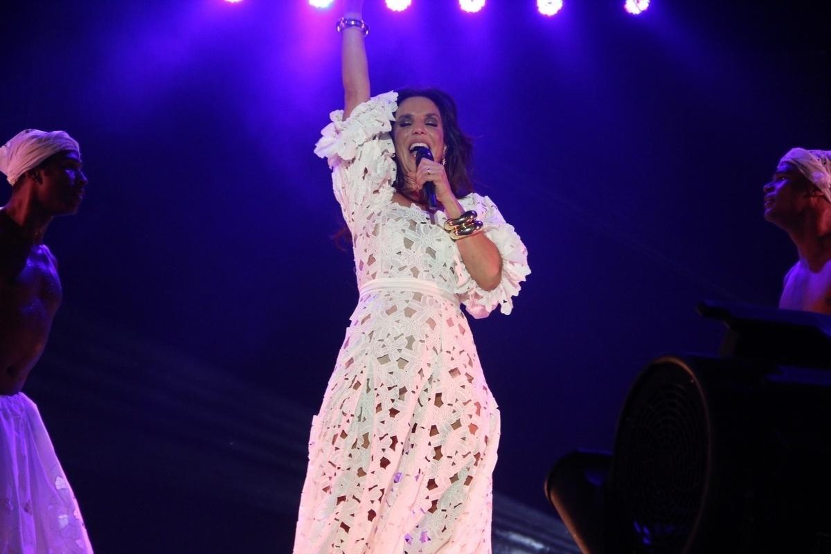 03.ago.2014 - Ivete Sangalo estreia turnê