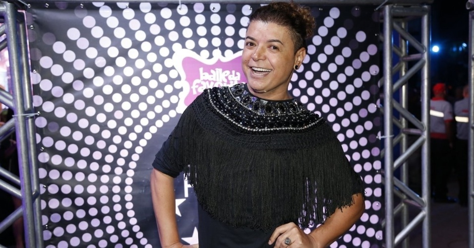 7.ago.2014 - David Brazil chega ao aniversário de 40 anos da cantora Preta Gil no baile