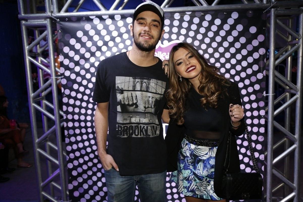 7.ago.2014 - Miguel Rômulo e Giovanna Lancellotti se divertem no aniversário de 40 anos da cantora Preta Gil no baile