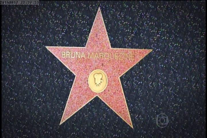 17.ago.2014 - Depois de dar o primeiro passo internacional, Bruna Marquezine sonha em ter seu nome na calçada da fama em Hollywood