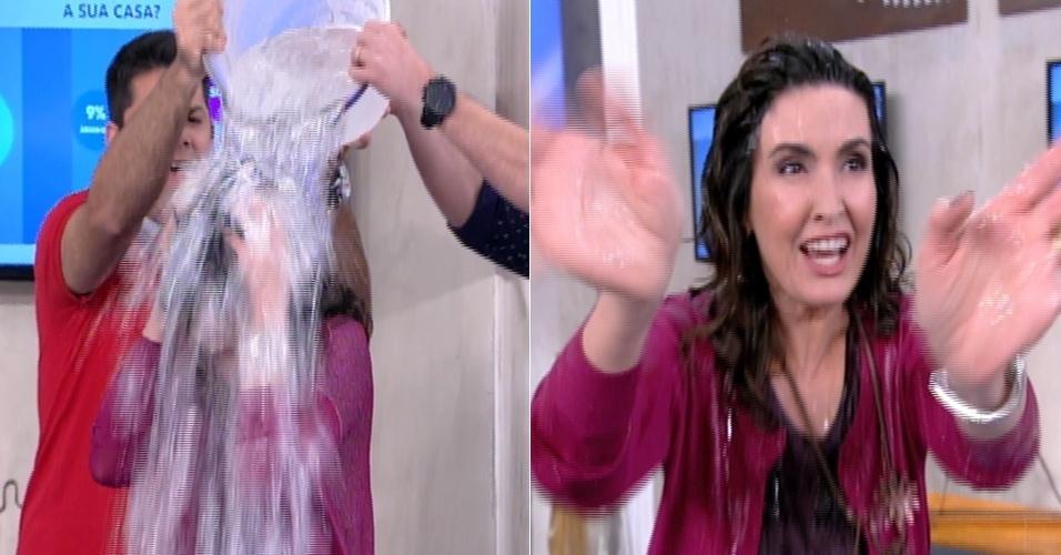 Fátima Bernardes levou um banho de água fria ao vivo no final de seu programa na Globo. Ela desafiou o técnico Dunga, o cantor Daniel e a apresentadora Regina Casé para a brincadeira