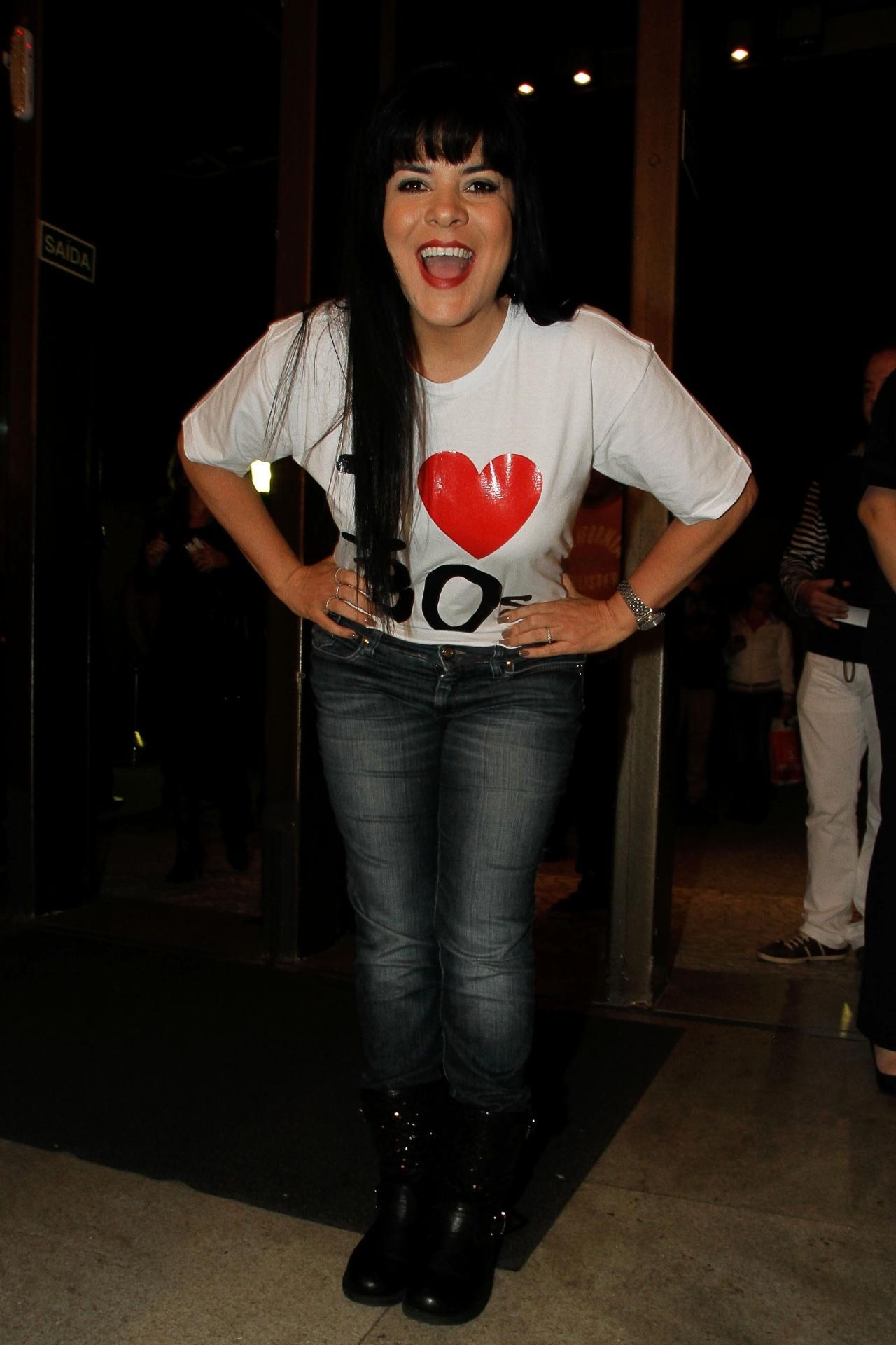 20.ago.2014 - Mara Maravilha prestigiou o show em comemoração aos 30 anos de carreira de Simony. O evento foi gravado e dará origem a um DVD chamado