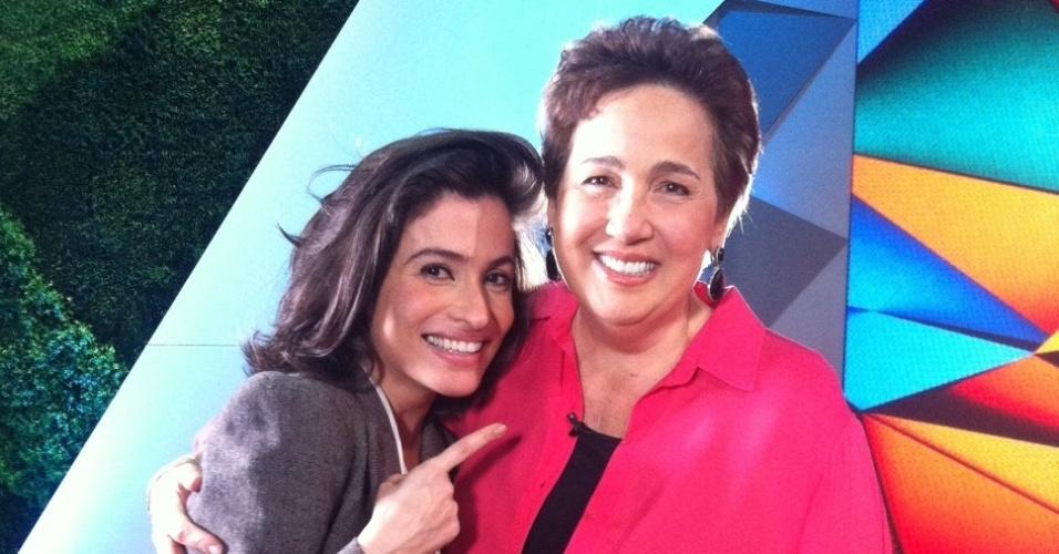 """Renata Vasconcelos conversa com Claudia Jimenez no estúdio do """"Fantástico"""""""
