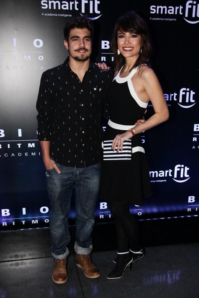 29.ago.2014 - Caio Castro e Maria Casadevall curtem juntos a festa de uma rede de academias de ginástica no HSBC Brasil, na zona sul de São Paulo
