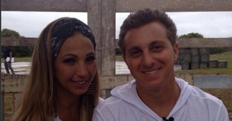 3.set.2014 - Valesca Popozuda usou sua conta do Instagram a fim de parabenizar o apresentador do