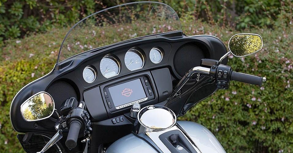 "Harley-Davidson linha ""Low"" 2015"