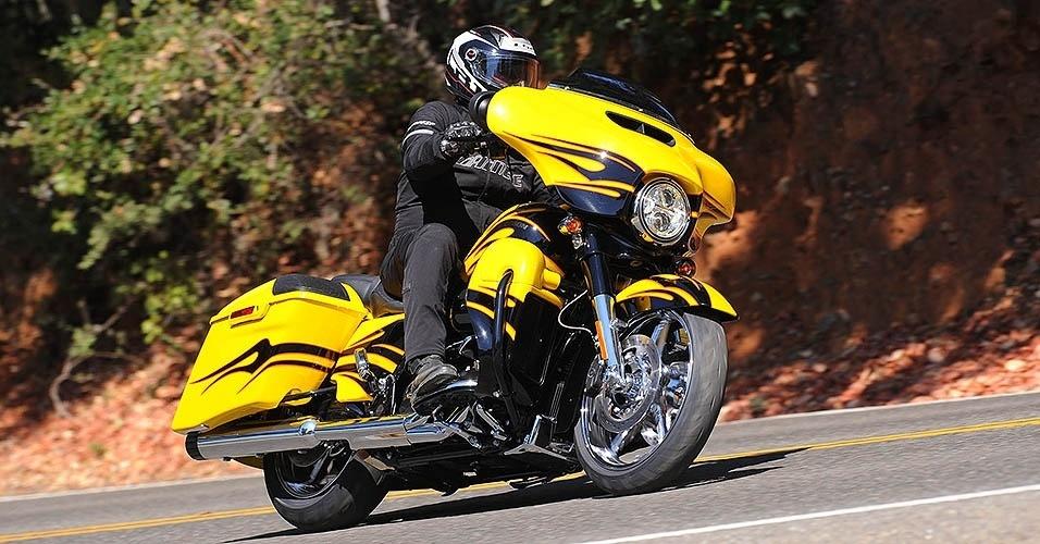 Harley-Davidson Street Glide CVO 2015