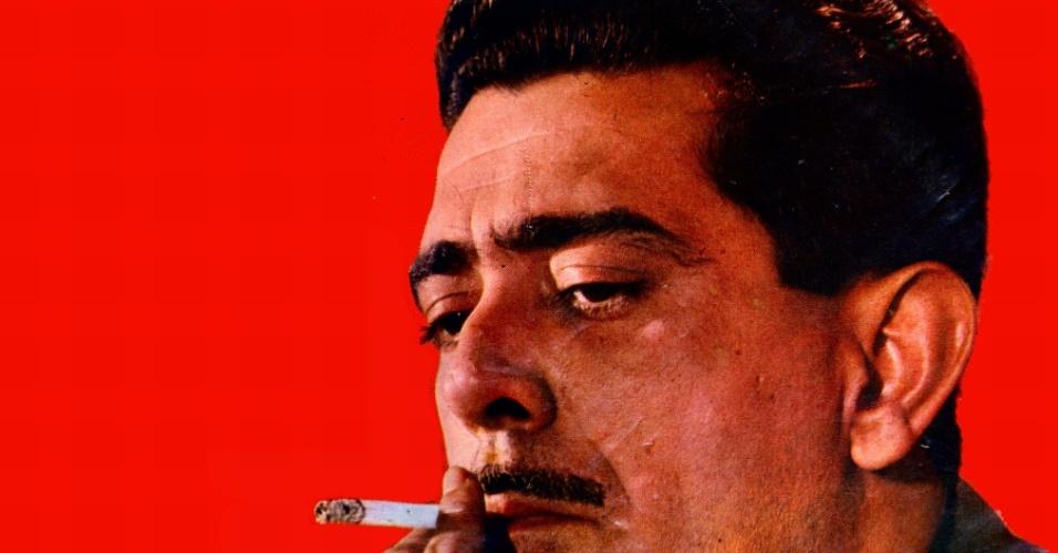 """Miltinho posa na capa do disco """"Quanto Mais Samba Melhor"""" (1967)"""