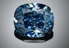Colecionador de Hong Kong bate recorde e paga US$ 33 milhões por diamante azul