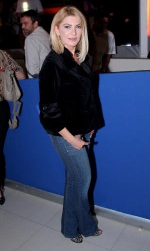 16.set.2014 - Antonia Fontenelle vai à pré-estreia do filme
