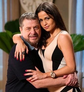 """Em """"Império"""", Flávio Galvão interpreta Reginaldo, marido de Tuane (Nanda Costa)"""