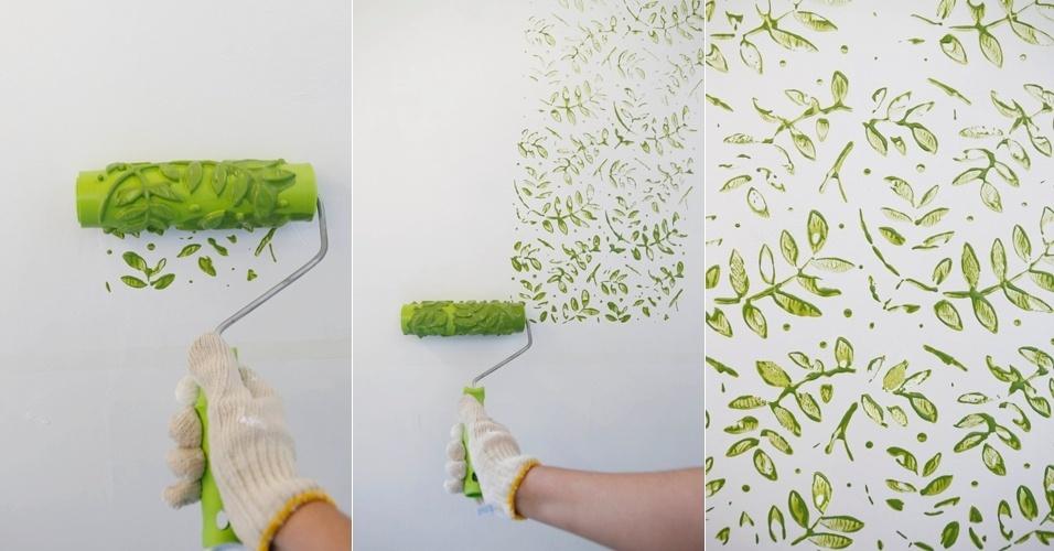 decoracao de interiores pintura de paredes:Passe o rolo sobre a parede em áreas de um metro quadrado. Antes de