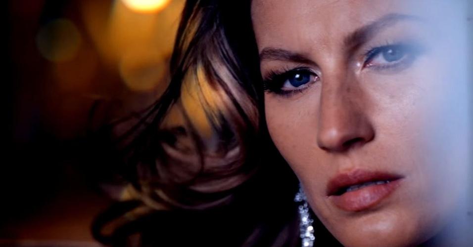Chanel divulga trecho de clipe da campanha de Gisele Bündchen para o perfume Chanel nº5