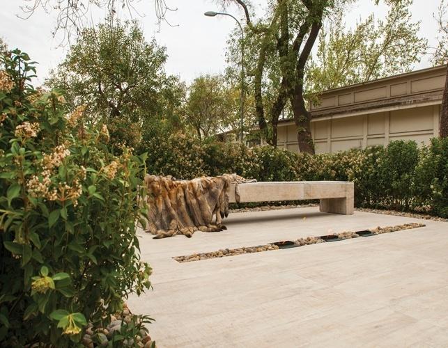 Luz María Ramirez assina o ambiente minimalista