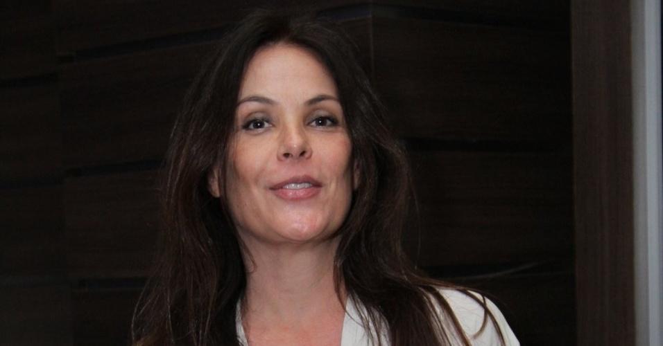 """28.out.2010 - Carolina Ferraz vai à pré-estreia de """"Tim Maia"""", no Cinemark Down Town, na Barra da Tijuca, no Rio"""