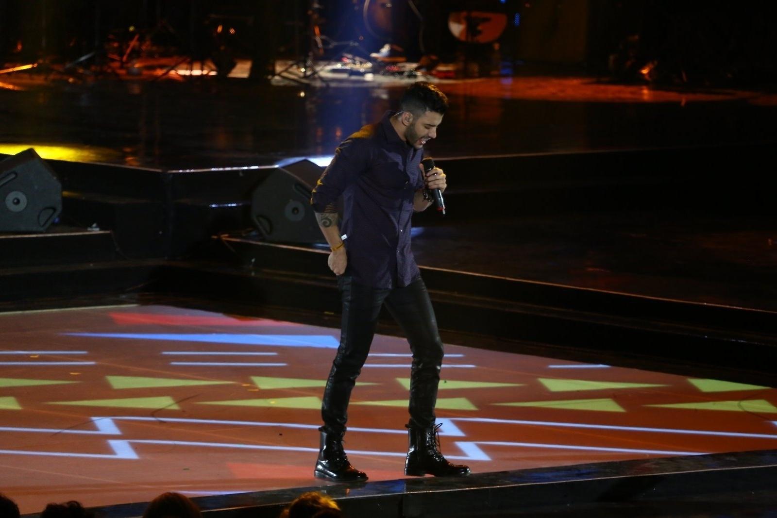 28.out.2014 - Gusttavo Lima se apresenta na 21ª edição do Prêmio Multishow 2014 na Arena da Barra, zona oeste do Rio de Janeiro, na noite desta terça-feira.