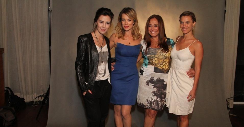 Marjorie Estiano, Mariana Ximenes, Susana Vieira e Carolina Dieckmann são as protagonistas da série escrita por Euclydes Marinho, baseada no livro homônimo da jornalista e apresentadora Marília Gabriela