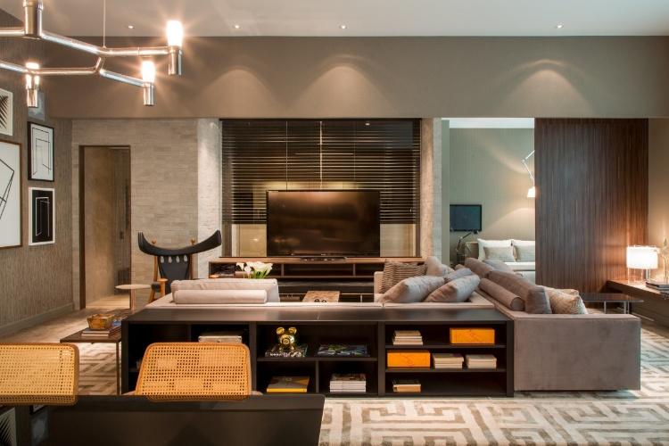 Sala De Estar E Jantar Cinza ~ Com salas de estar (foto) e de jantar, suíte, closet e banheiro, o