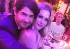 Pato e Fiorella Mattheis circulam abraçados e de mãos dadas em evento no RS - Reprodução/Instagram/nanarude