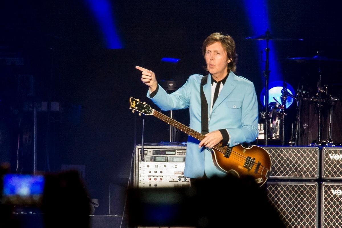10.nov.2014 - Paul McCartney se apresenta em Cariacica (ES) no primeiro show da turnê