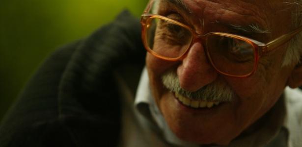 9.nov.2004 - O poeta Manoel de Barros