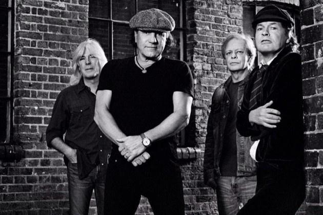 Foto de divulgação do AC/DC sem o baterista Phil Rudd