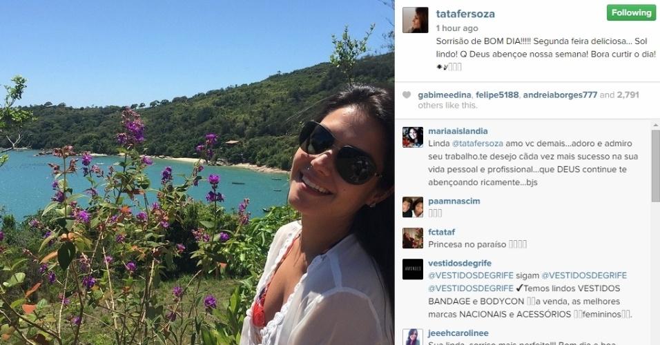 17.nov.2014 - Thais Fersoza publica foto em praia em viagem de comemoração de seu primeiro mês de casada com Michel Teló