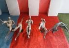 Padrão de corpo das academias chega às vitrines com manequins 'bombadas'