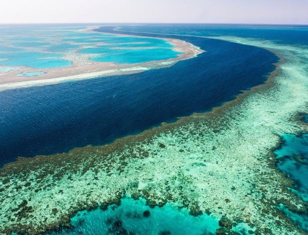 A Grande Barreira de Corais: lançamento de resíduos pode transformar paraíso em lixão, diz organização ambiental