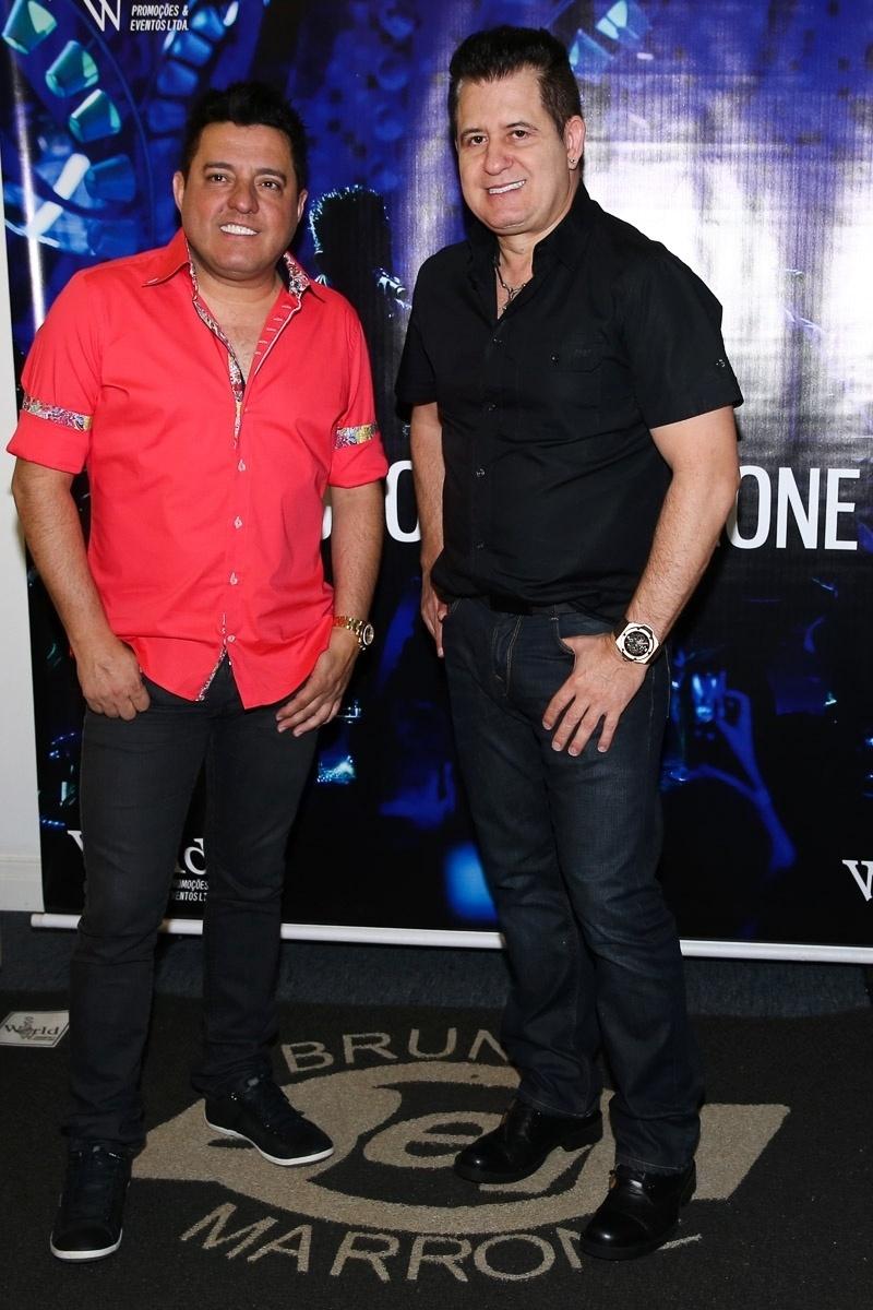 5.dez.2014 - Bruno e Marrone apresentam a primeira noite de shows do novo DVD