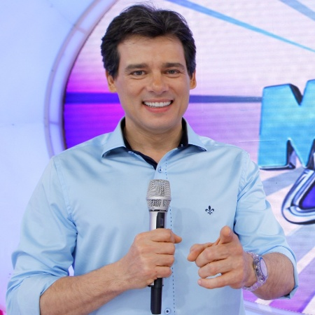 "Celso Portiolli à frente do ""Domingo Legal"""